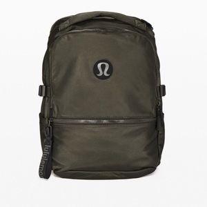 Lululemon Crew Backpack - dark olive